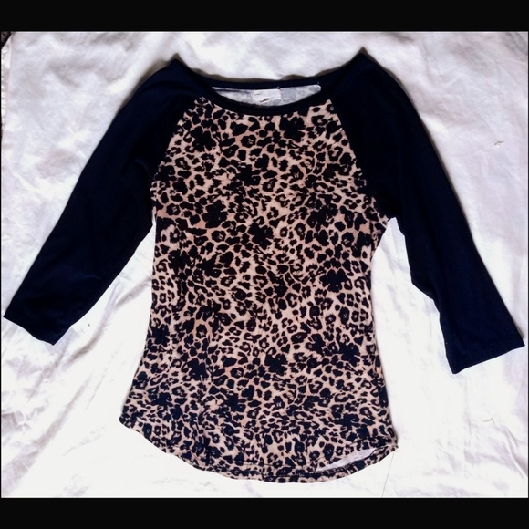 Ultra Flirt Tops - Cheetah Print Scoop Neck top